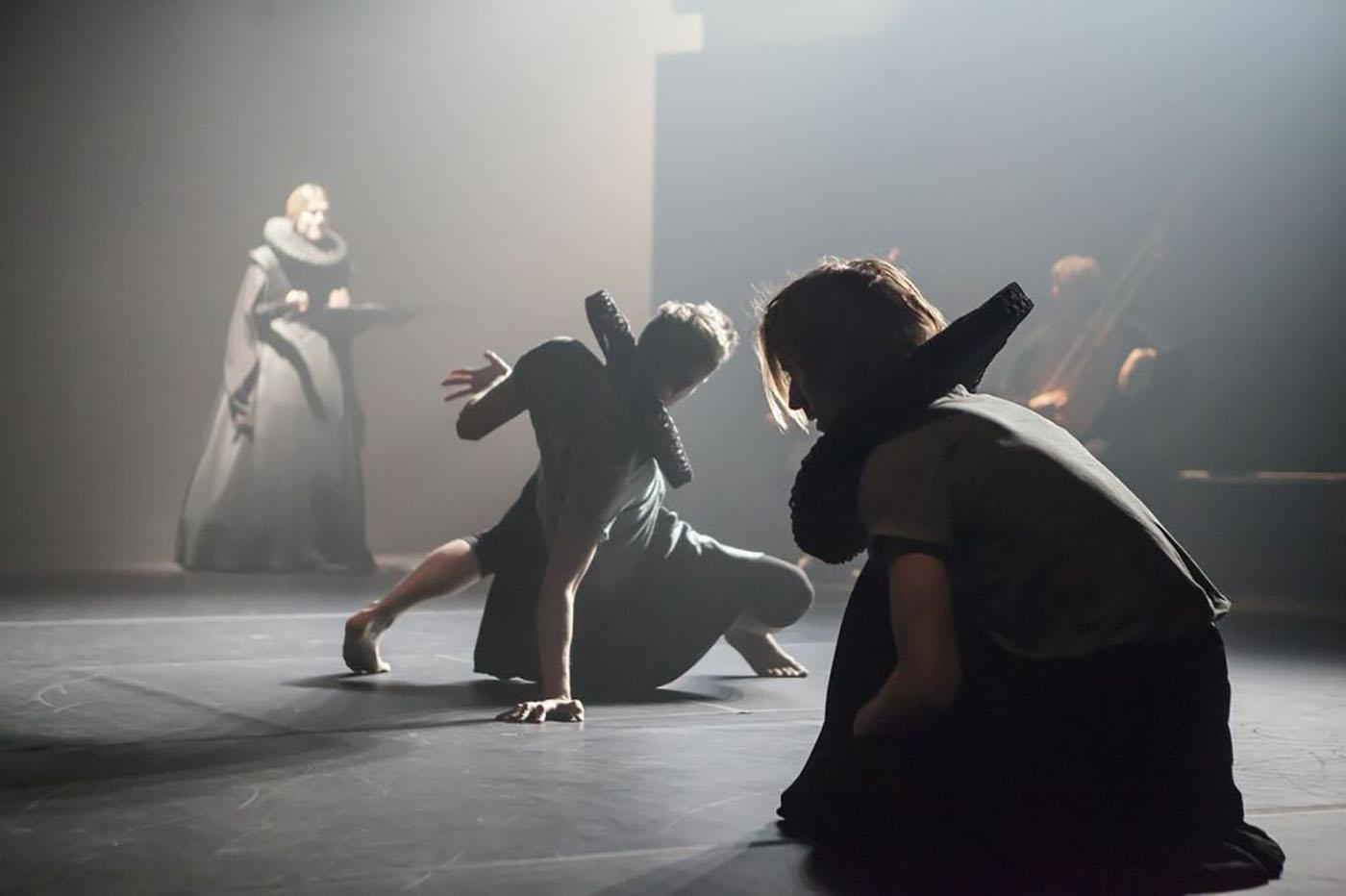 Heroines, K. Kvarnström & Co